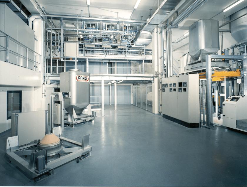 Maquinas-soluciones para la farmacéutica-alimenticia y materias primas.