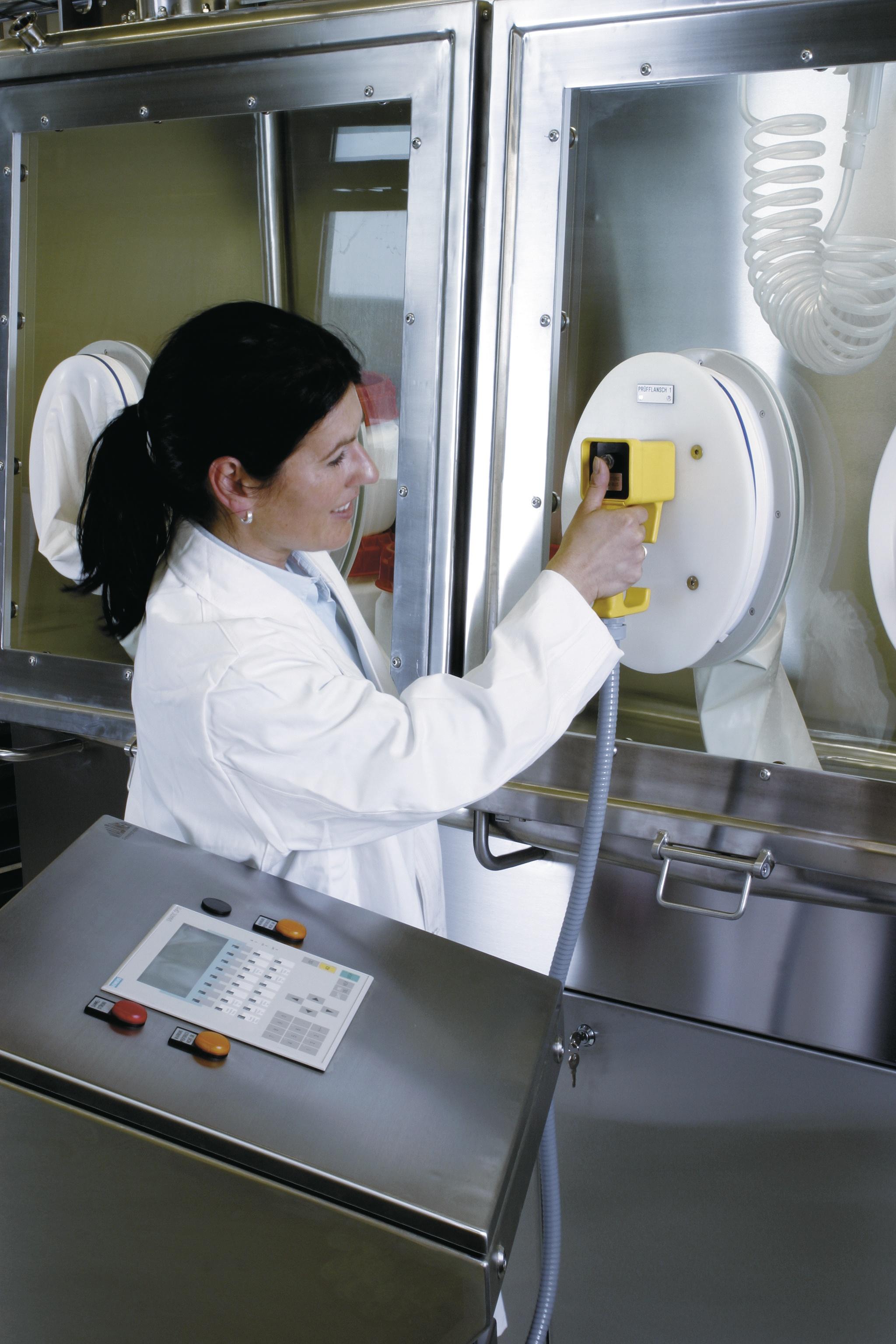 Aisladores asépticos para sustancias-productos de alta potencia