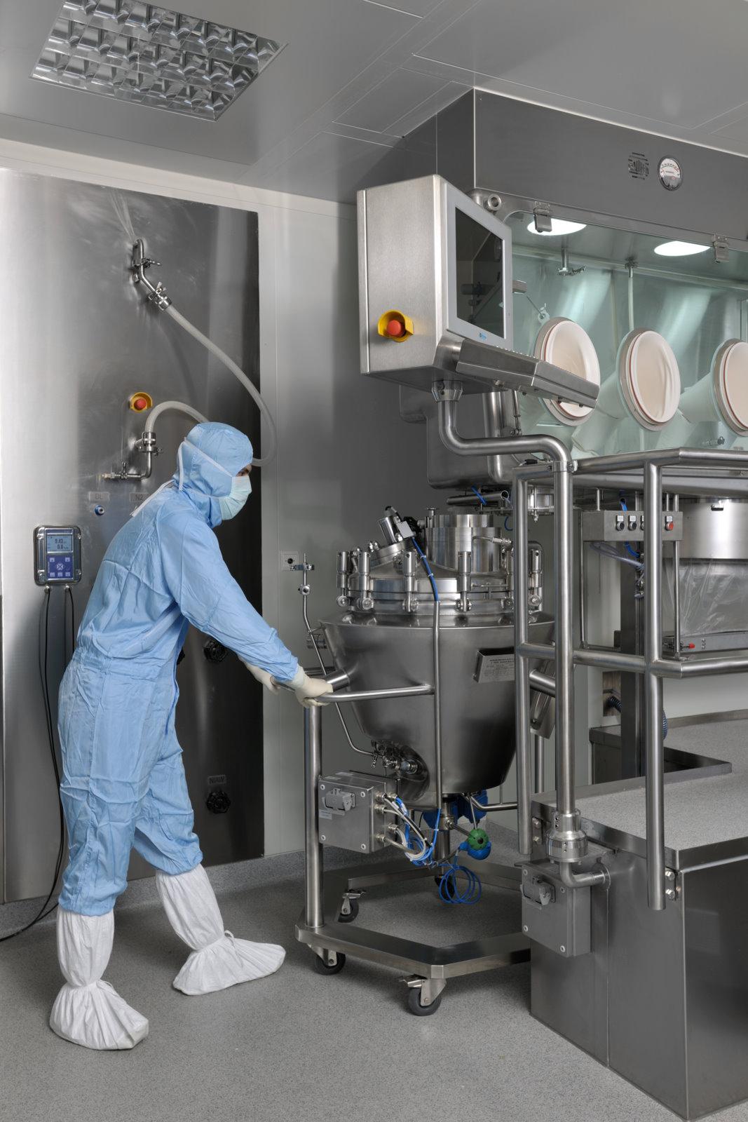 Reactores-tanques de proceso para Fabricación de productos quimioterapéuticos